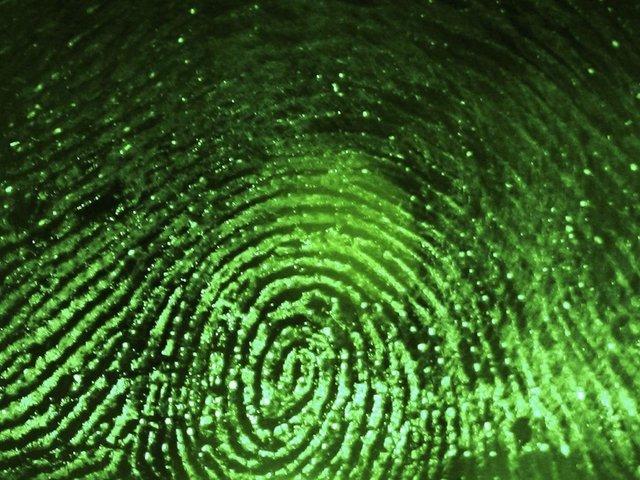 """فناوری تشخیص """"سبک زندگی"""" مجرمان از روی اثر انگشت"""