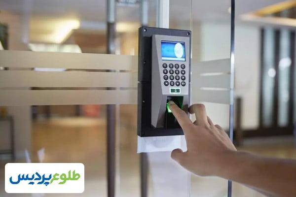 سیستمهای کنترل دسترسی در صنایع مختلف